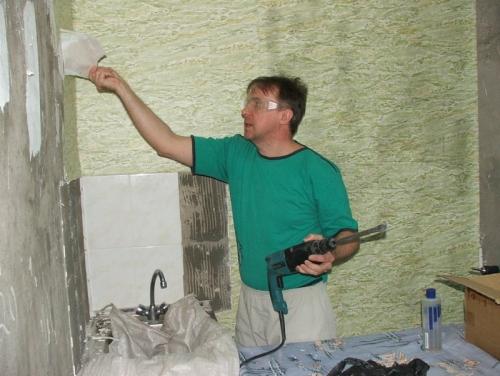 Отделка ванной комнаты пластиком в деревянном доме своими руками